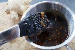 Soija-hunaja -pohjainen makea grillauskastike